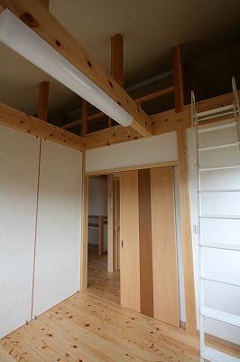 子供部屋間仕切りパーテーションロフト付の施工例